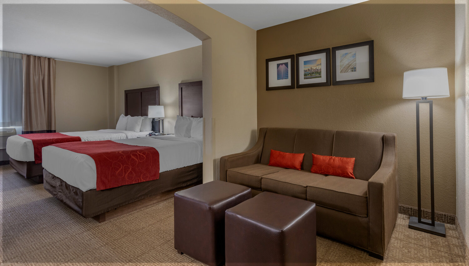 SUITES THAT ARE IDEAL FOR BUSINESS AND LEISURE TRAVEL